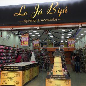 Le Jú Bijú: Loja de acessórios emaquiagem